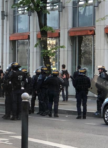 PlaceDItalie_PoliceNationale_05
