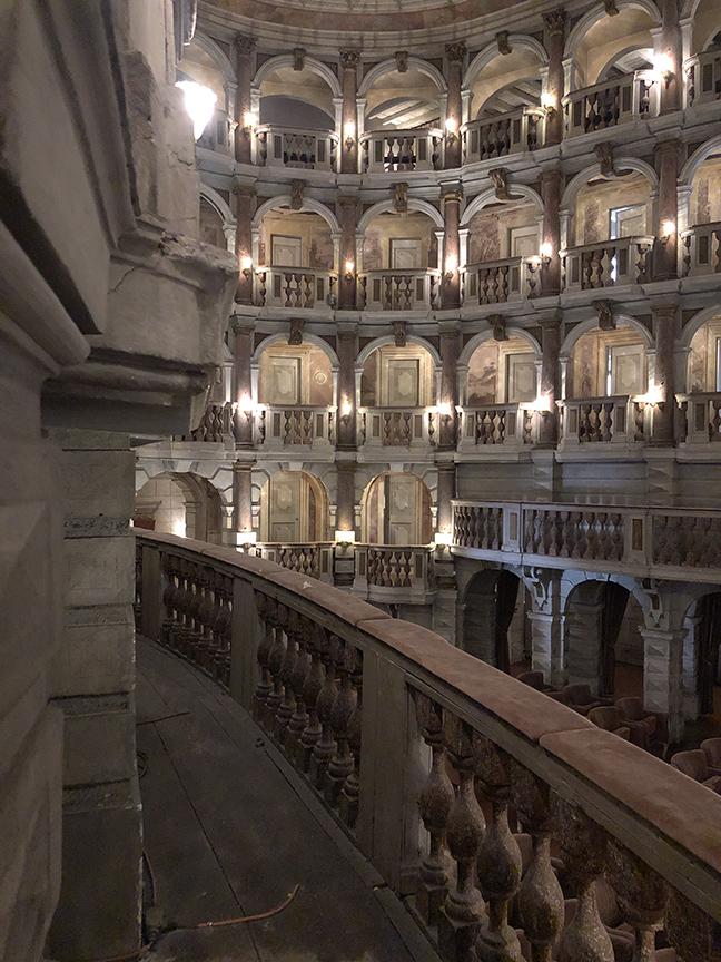 Mantova_TeatroScientificoBibiena_17_small